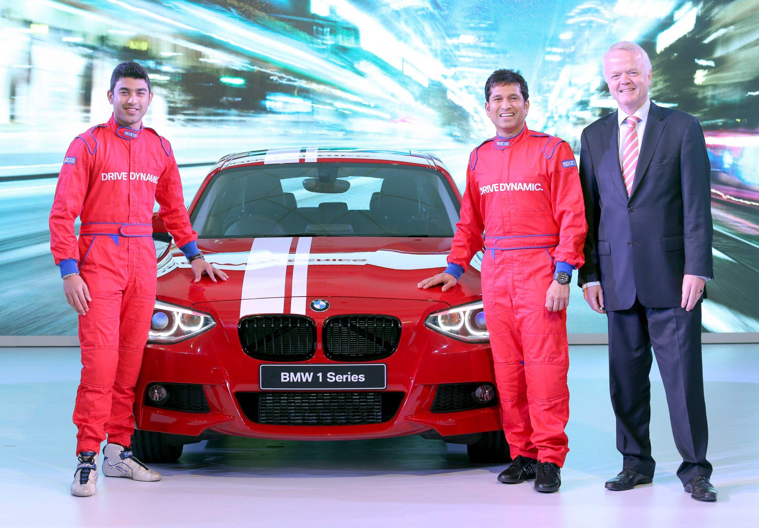 01 LtoR Armaan Ebrahim Sachin Tendulkar and Mr. Philipp von Sahr President BMW Group India with the all new BMW 1 Series scaled