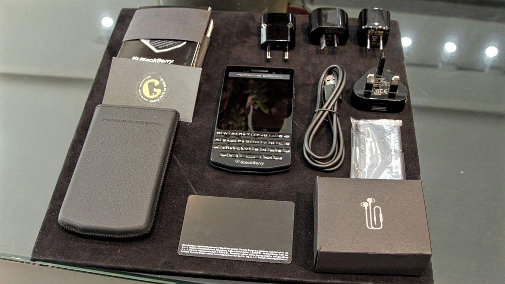 BlackBerry P'9983 Graphite