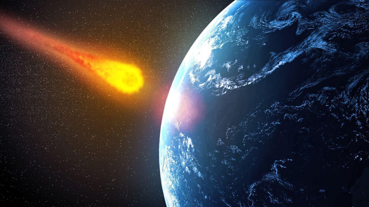 Asteroid-crashing-earth