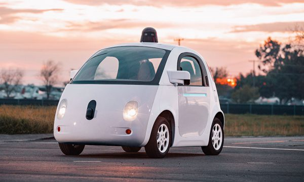 driverless car pc-tablet media