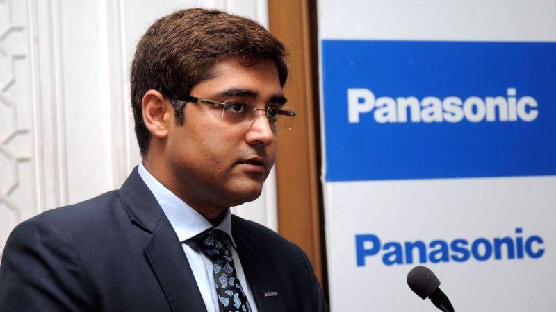 Manish Sharma as Executive Officer