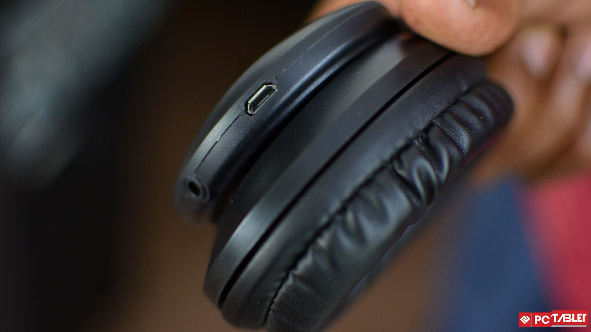 altec lansing mzw300 review these bluetooth headphones. Black Bedroom Furniture Sets. Home Design Ideas
