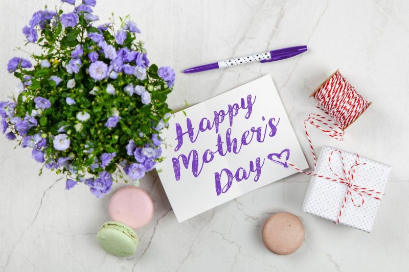 Mothers Day Gift Guide 2019 Best Tech Gifts For Mom